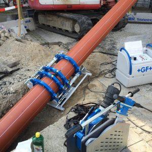 Styret underboring i Valby – godt med fald på regnvandsledningen af PA Underboring - Entreprenør Per Andersen