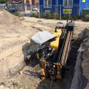 Styret underboring på Ny Ellebjerg St. i Valby – godt maskinen er så lille. Styrbar underboring - Entreprenør Per Andersen